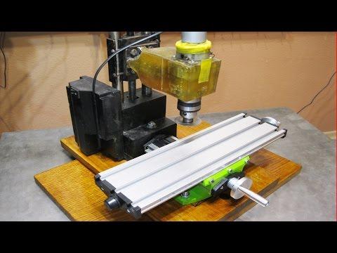 Самодельный фрезеровочный станок / Homemade milling machine