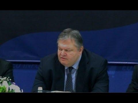 A1 Report - Venizelos: Maqedonia përveç emrit të respektojë të drejtat e shqiptarëve