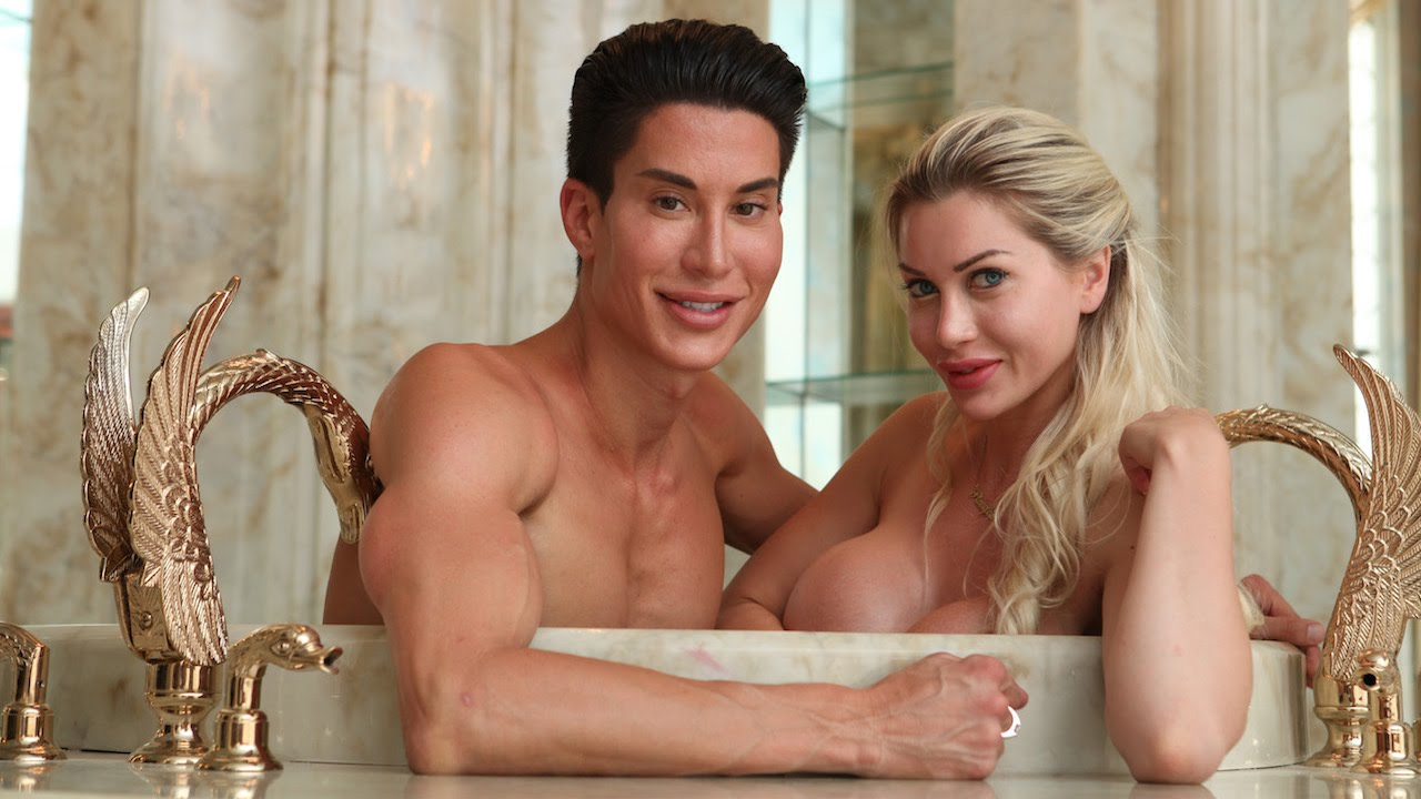 Pixee Fox And Justin Jedlica Are The Real Life Barbie And Ken