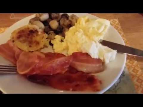 Завтрак в ресторане Miss Maud