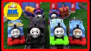THE GREAT RACE #281 THOMAS AND FRIENDS TRACKMASTER THOMAS TOY TRAINS  FOR KIDS