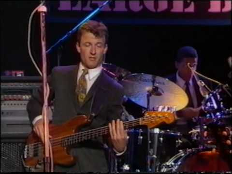 Lyle Lovett - Hot To Go