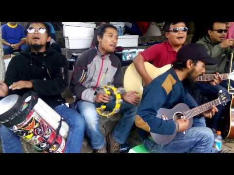 download lagu Katakan Sejujurnya Acoustic Pengamen Jos - Wonderfull Dieng gratis