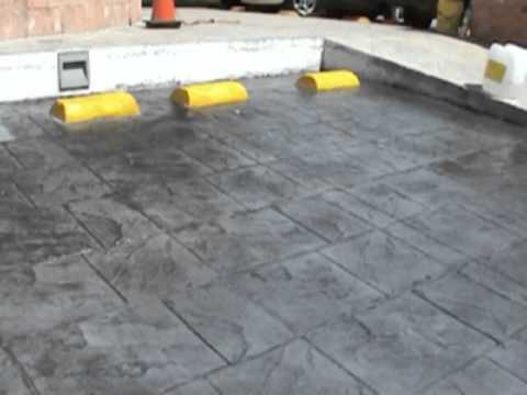 Pisos de concreto estampado youtube for Piso para caseta de jardin