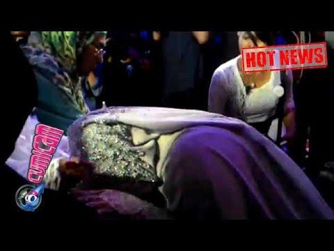 Hot News! Air Mata Muzdalifah Tumpah Saat Sungkem di Hadapan Orang Tua - Cumicam 22 Mei 2017