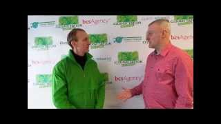 Garry Birtles chatting with Jim Cowan Jan13.wmv