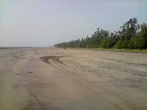 Murud Beach Maruti 800 Drift Video