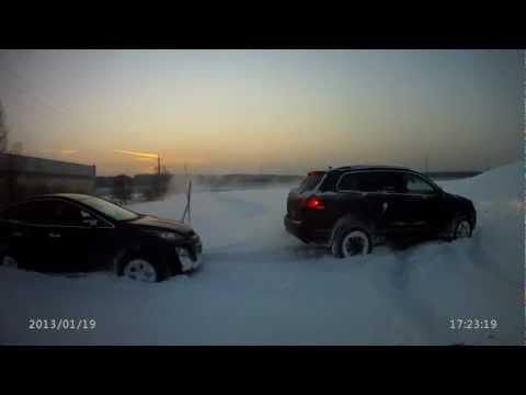 Mazda cx-7 и VW Touareg offroad