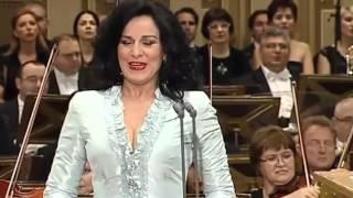 Angela Gheorghiu - Puccini - Tosca - 'Vissi d'arte'