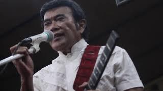 Petikan Gitar Rhoma Irama Lagu Yatim Piatu Latihan Untuk Konser Indosiar Malang Jawa Timur