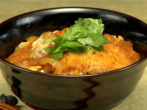 How to Make Katsudon (Pork Tonkatsu Bowl) 