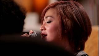 download lagu Tangga - Cinta Tak Mungkin Berhenti -  Everywhere gratis