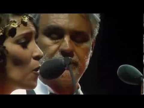 Gaby Moreno & Andrea Bocelli VIVO POR ELLA en Guatemala