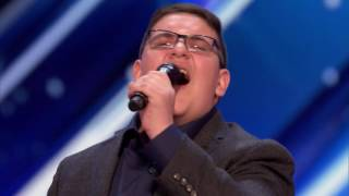 Young Man Get Howie's Golden Buzzer America's Got Talent 2017