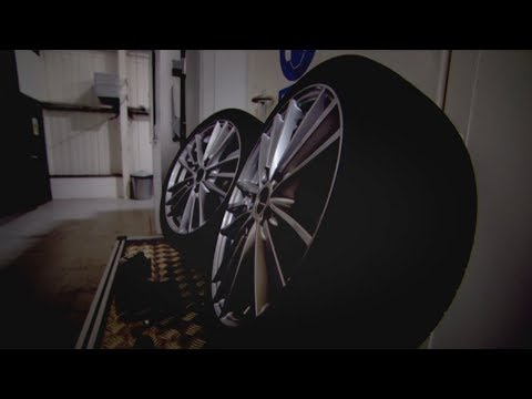 Nitrogen vs Air In Tyres - Fifth Gear