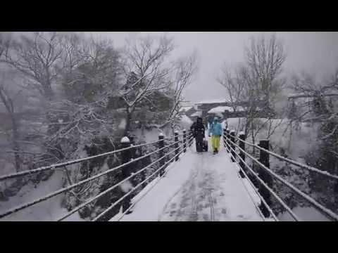 Walking around Shirakawa-go , Gifu Japan 白川郷
