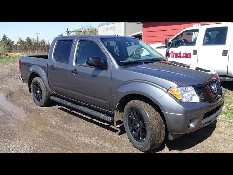 2018 Nissan Frontier Midnight edition review in the Rockies