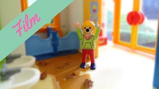 Playmobil film deutsch - VOLLGEKACKTE KITA !!! - Verstopfte Toillete / Film mit Familie Schön