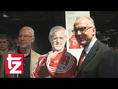 """""""Kaiser. Kalle. Bomber"""": Karl-Heinz Rummenigge und Franz Beckenbauer in der FC Bayern Erlebniswelt"""