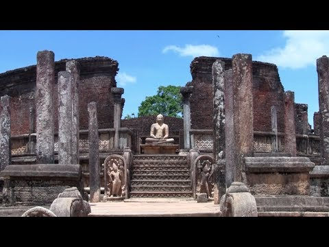1. Polonnaruwa Ancient City (Ancient Buddhist Sites in Sri Lanka)