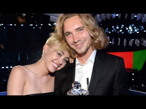 Why Miley Cyrus Sent This Homeless Man To Accept Her VMA