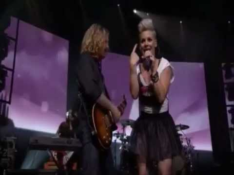 P!nk - Fucking Perfect (live Itunes Festival 2012) video