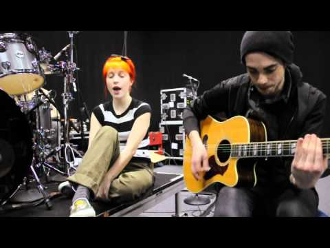 Paramore - Looking Up (Acoustic Version)