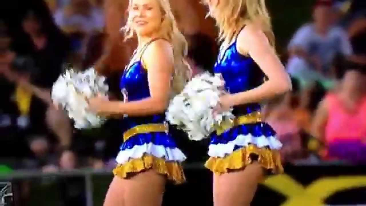 Nrl cheerleaders. Rob Ferguson