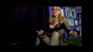 Nina Hartley Reviews F-Machine Pro II from MoreThanSexToys.com