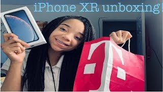 Unboxing iPhone XR | setup and doing Animoji!!