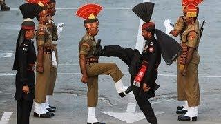 مەراسیمی رۆژانەی داخستنی سنوری نێوان هندستان - پاكستان