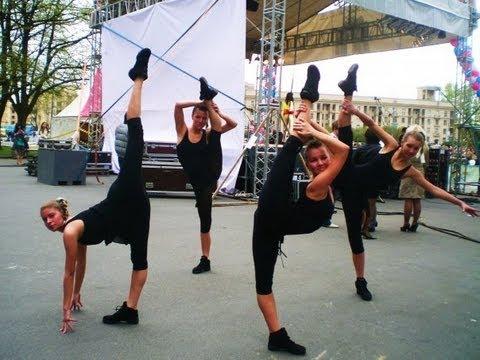 Показательные, художественная гимнастика. Lets Get Loud смотреть онлайн бе