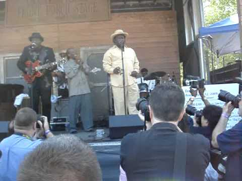 Mannish Boy - Big Bill and Mud Morganfield Chicago Blues Festival 2009