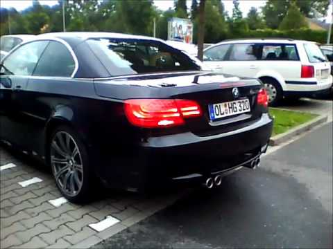 BMW M3 E93 black -  Start Up. Revving. Sound