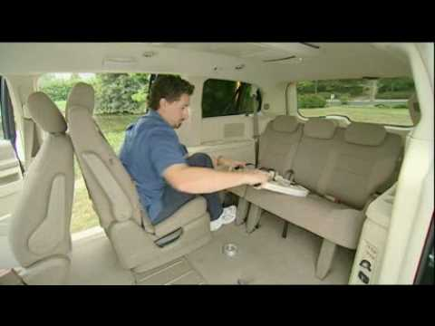 motorweek video of the 2008 chrysler town country youtube. Black Bedroom Furniture Sets. Home Design Ideas