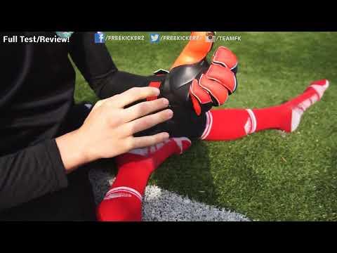 Adidas Predator Zones Ultimate 2014 Torwarthandschuhe Try-On by freekickerz