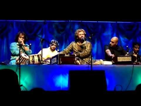 Rakho Mori Laaj - Hans Raj Hans & Ustad Tari Khan video