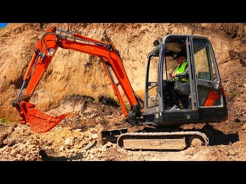 The Tractor Excavator broken down Funny Dima Ride on POWER WHEEL Tractor to help man