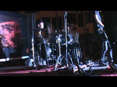 Bunga Terakhir -  Dvhino band (cover)