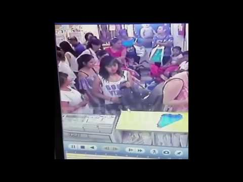 Mujeres robando celulares en Salta