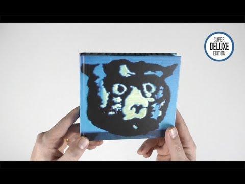 Download R.E.M. / Monster 25th anniversary super deluxe unboxing  Mp4 baru