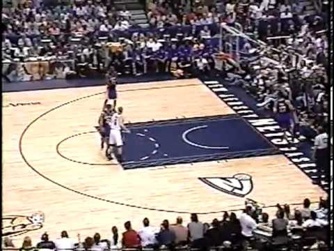 ►►► Jason Kidd 30 pts & 10 ast vs Lakers   2002 NBA Finals   Gm 3   6 9 02
