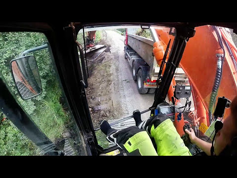 Doosan dx225lc view in cab