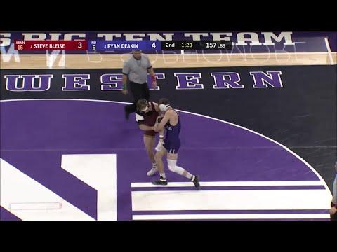 157 LBs: #7 Steve Bleise (Minnesota) Vs. #3 Ryan Deakin (Northwestern)