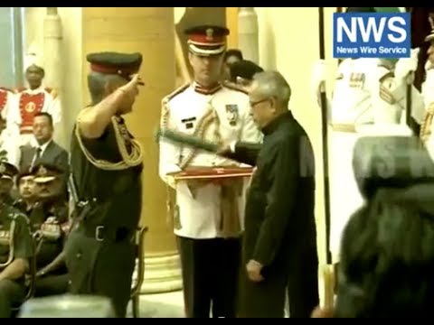 PRANAB MUKHERJEE CONFERS GALLANTRY AWARDS