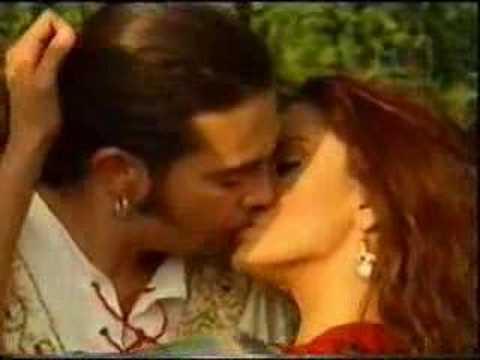 Boda Luna y Renzo-telenovela Amor Gitano - VXV: Videos x Vos.