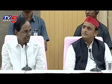 CM KCR And UP EX CM Akhilesh Yadav Press Meet On Federal Front | Hyderabad | TV5 News