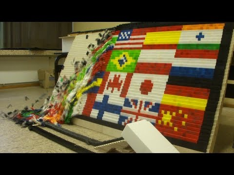 "Over 80,000 Dominoes - ""Around the World"" - Screenlink"