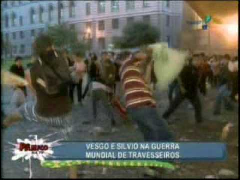Pânico Na TV 04/04/2010 - Vesgo e Silvio na Guerra de Travesseiros 2010