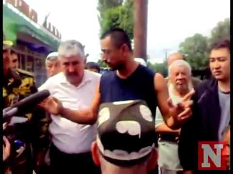 Uzbek standing up to Kyrgyz brutality against Uzbek minority.